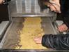 微波大豆芝麻焙烤机
